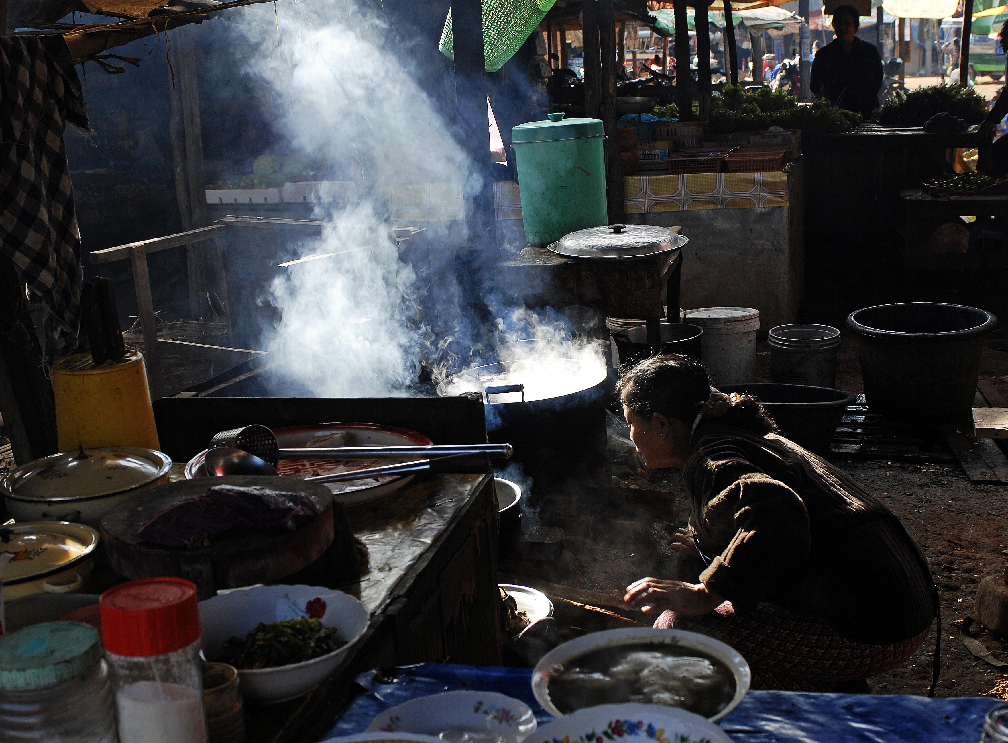 La Credenza Del Contadino Ruoti : L arcobaleno delle genti e dei mercati del nord kel cultura